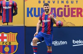 Agüero, convocado por primera vez, palpita su debut en Barcelona