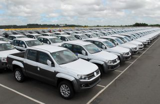 Condenan a Volkswagen y a una concesionaria por no entregar una camioneta