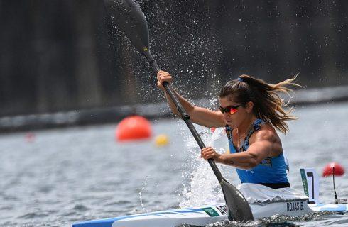De menos a más, Brenda Rojas logró el pase a semifinales en canotaje