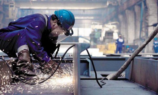 Empresarios apoyan la gestión oficial hacia una política industrial