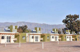 Ferraresi reafirmó el objetivo de planificar 75 mil viviendas por año a partir de 2022