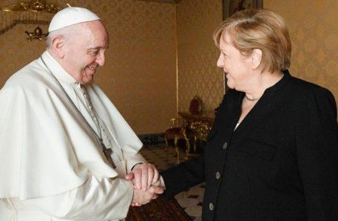 Francisco recibió a Merkel en el Vaticano