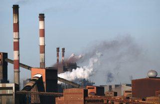La Agencia Internacional de Energía pidió recortar las emisiones de gases a nivel global