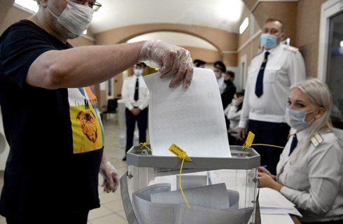 Rusia elige diputados con repunte económico, baja vacunación y un opositor preso
