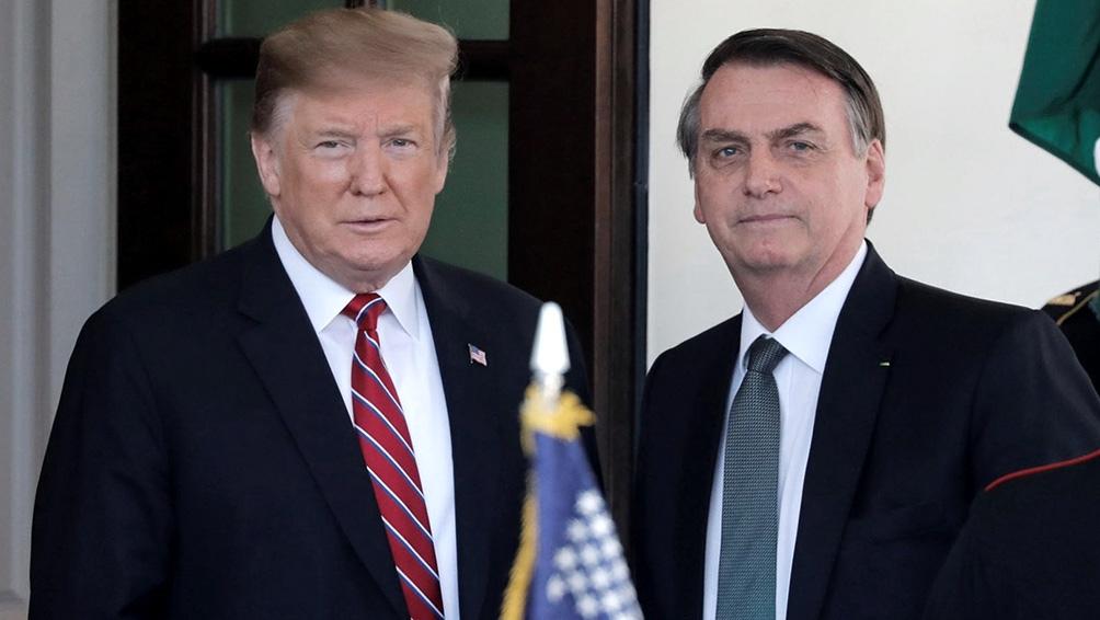 Obama critica a Trump y a Bolsonaro por minimizar a la ciencia y al cambio climático