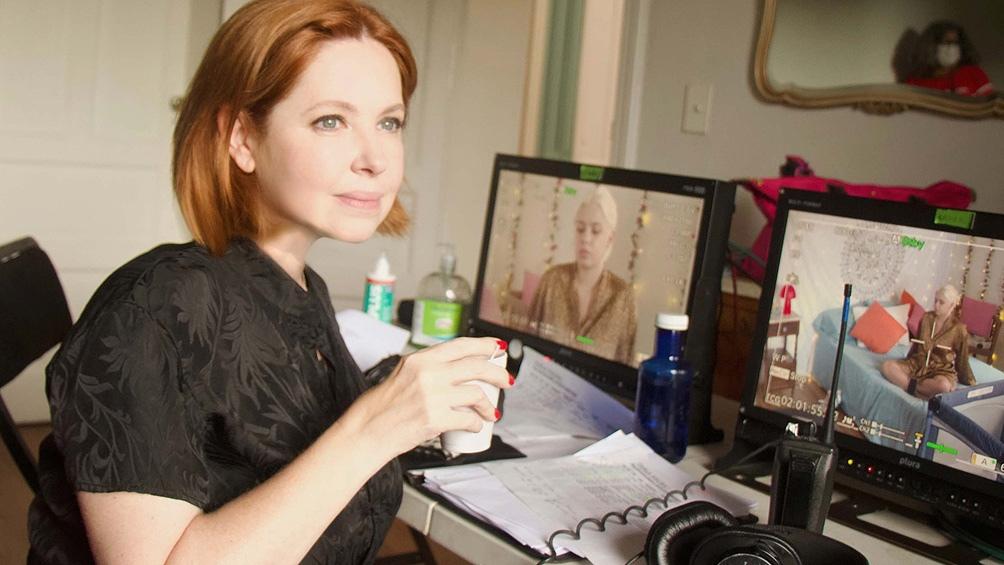 Andrea tuvo a su cargo la dirección integral y el papel de Rosalía, la villana que originalmente interpretó María Rosa Gallo.