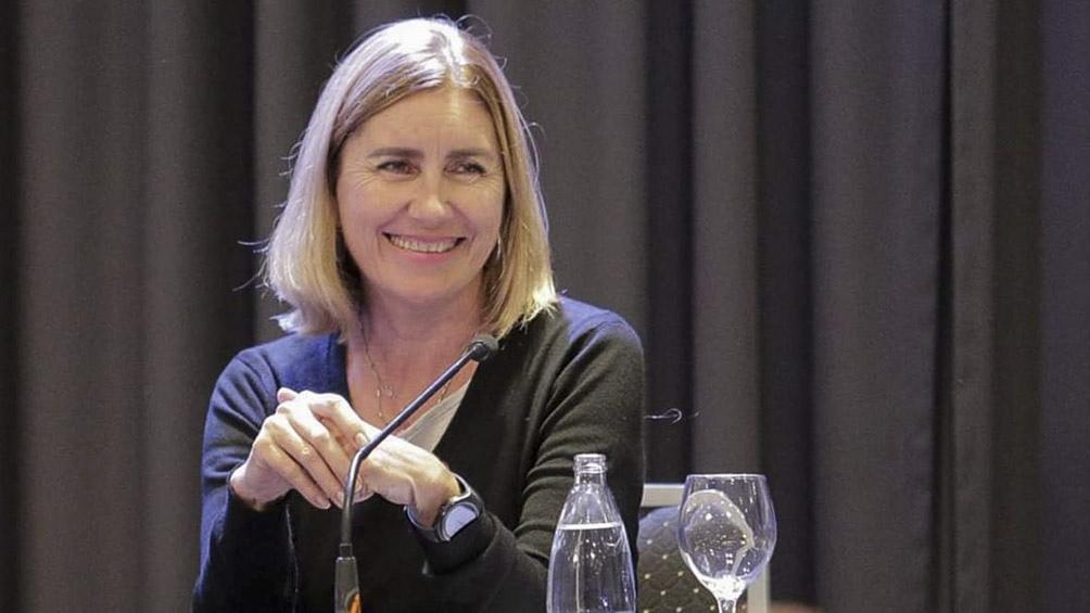 """Liliana Schwind dijo que el proyecto """"iguala en derechos a usuarios en cuanto a asequibilidad."""